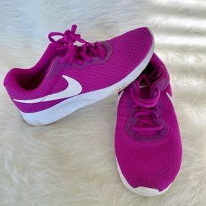 Nike | Tanjun